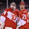 V NHL hrají spolu, nyní se postaví proti sobě! Brankář Mrázek se pokusí vychytat spoluhráče